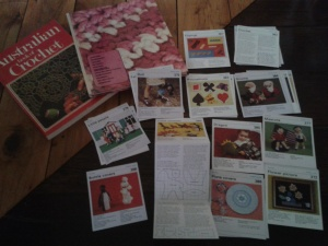 Vintage craft kits and books: Colourful and strange.