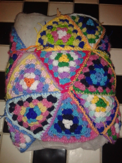 finalising DIY pattern crocheted granny triangles