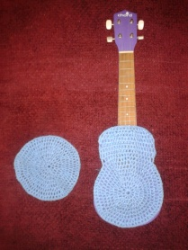 crocheting ukulele case DIY work in progress