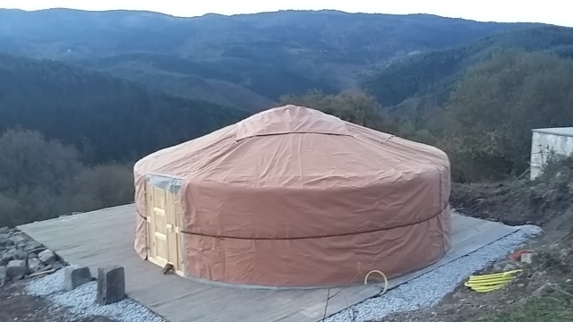 Weatherproofing insulation Mongolian yurt design