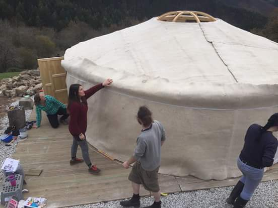 How to insulate yurts wool felt